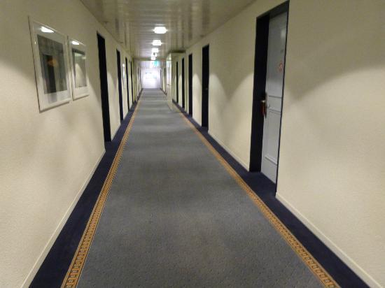 Hotel Bristol: Hallway