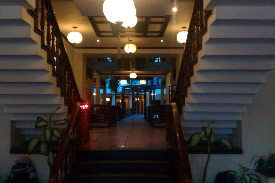 Long Life Riverside Hotel: Taken from the Lobby