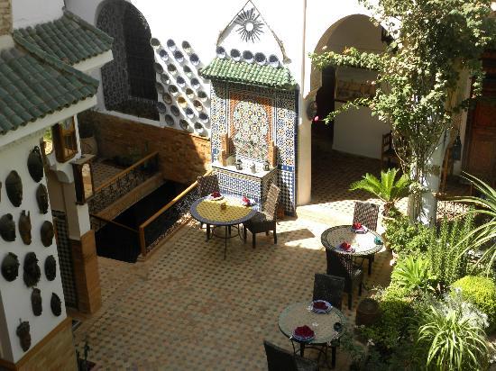 Riad Meknes: Blick in den Innenhof