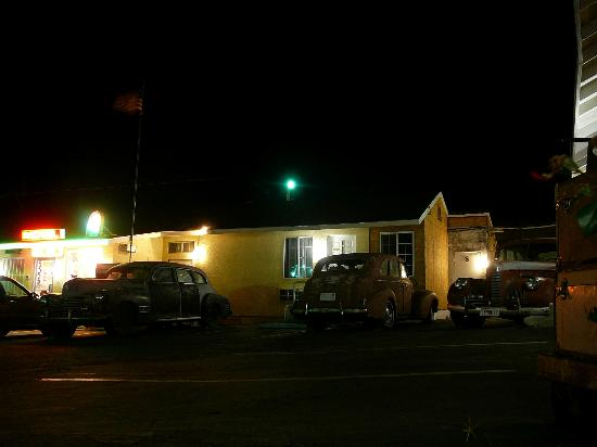 Route 66 Motel at night