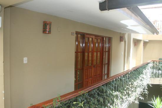 Hotel Sol: Room entrance