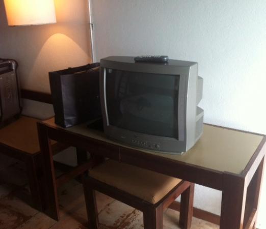Porto Do Sol Hotel: tv do quarto
