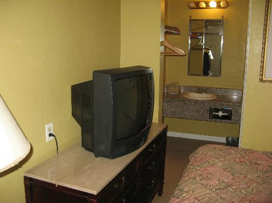 Executive Inn Hotel: 1