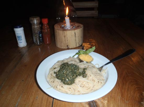 Marimba Secret Gardens: Pesto pasta