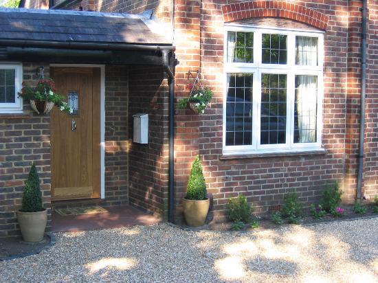 Devoncot Bed & Breakfast: Entrance to property