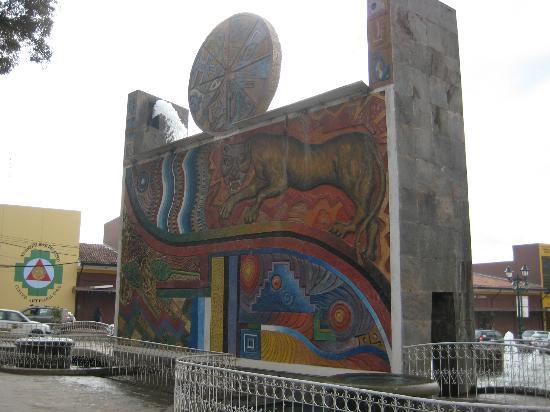 XIMA Cusco Hotel: defronte do Hotel