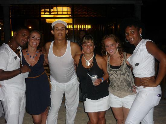 Bavaro Princess All Suites Resort, Spa & Casino: NOSOTRAS Y ANIMADORES