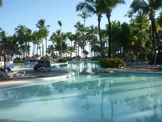 Bavaro Princess All Suites Resort, Spa & Casino: PISCINA