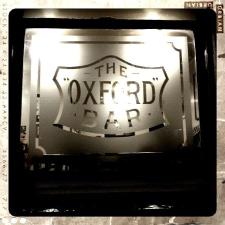 Oxford Bar: Looking in from the street outside