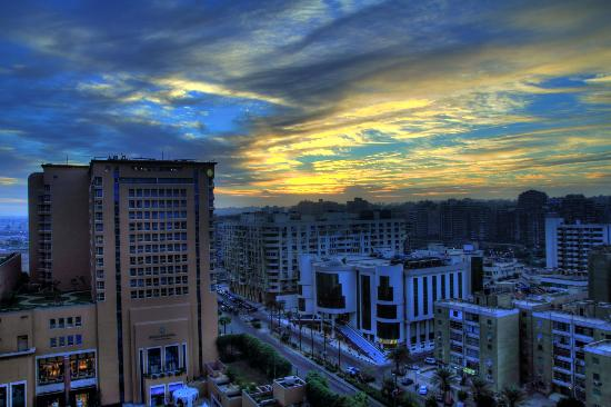 InterContinental Cairo Citystars : Sun rise view