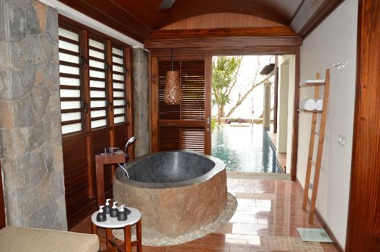 Balaclava: vue de la salle de bains