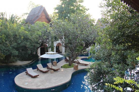 Khum Phaya Resort & Spa, Centara Boutique Collection: piscina