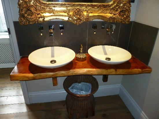 Randy Pike: Double sinks