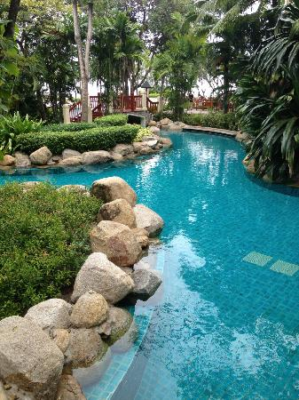 Hyatt Regency Hua Hin: Detail from their lovely pool