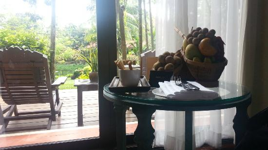 Sofitel Angkor Phokeethra Golf and Spa Resort: Welcome Fruits