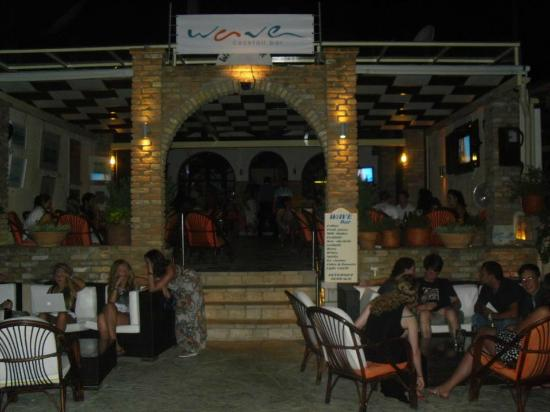 Wave Bar, Agios Stefanos NE