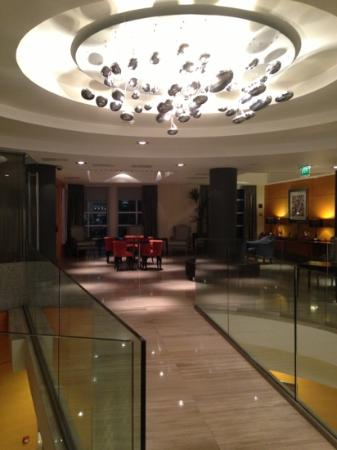 Crowne Plaza London Kensington: Reception
