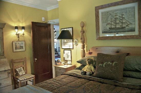 Bishops Hall Bed & Breakfast: One of the rooms