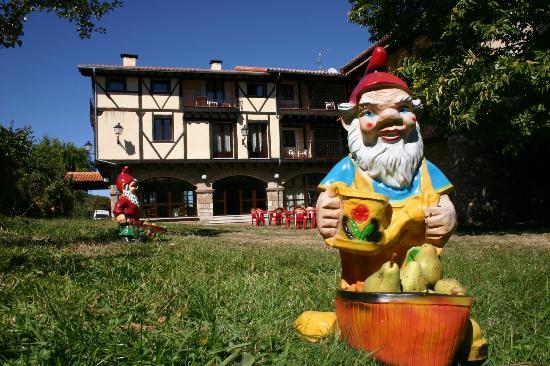Photo of Hotel Antiguas Eras La Alberca Salamanca