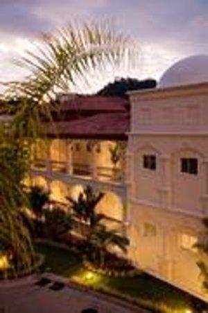Shana By The Beach, Hotel Residence & Spa : Shana Hotel at Manuel Anotnio, Costa Rica