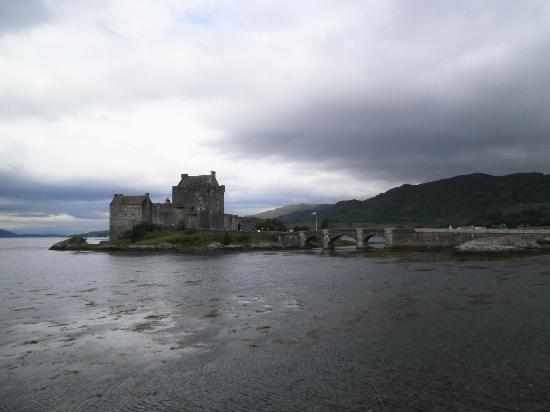 Serendipity Bed and Breakfast: Eilean Donan Castle (B&B is near)