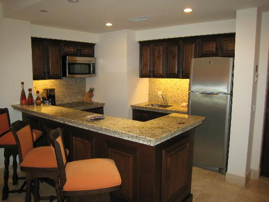 Grand Solmar Land's End Resort & Spa: Suite Kitchen