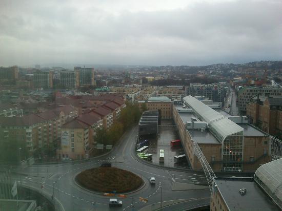 Radisson Blu Plaza Hotel, Oslo: Utsikt fra 15. etasje på dagtid