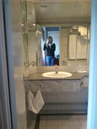 Radisson Blu Plaza Hotel, Oslo: Badet.
