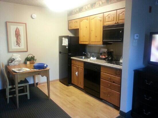 Homewood Suites by Hilton Phoenix / Scottsdale: Kitchen