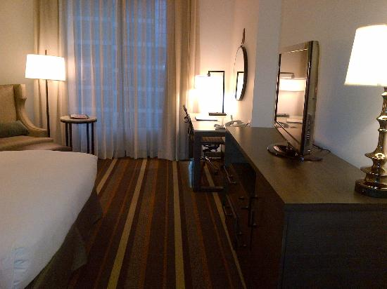 Hilton Dallas Park Cities: Executive Floor suite