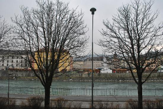 Hotel Schwarzer Bär: Vista sul Marktplaz
