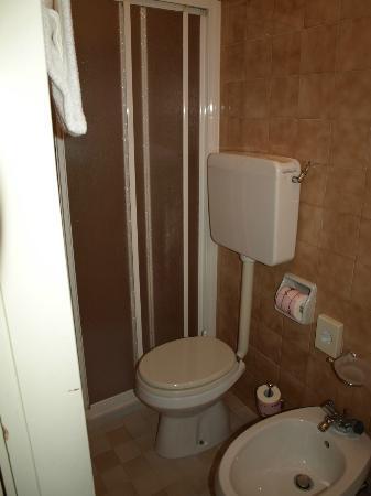 Gardena Hotel: Salle de bain