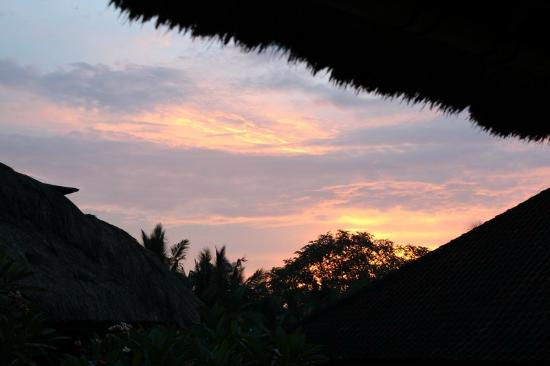 Pertiwi Resort & Spa: Sunset from our balcony