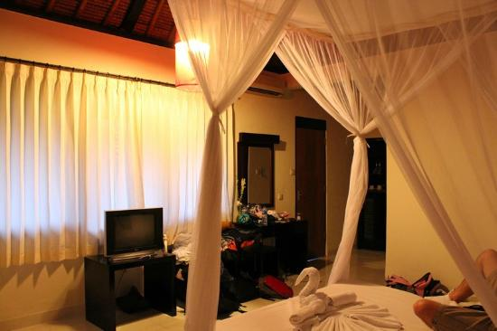Pertiwi Resort & Spa: Rest of the room