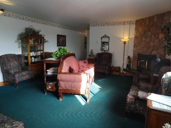 Spruce Hill Resort & Spa: The Spa waiting room.