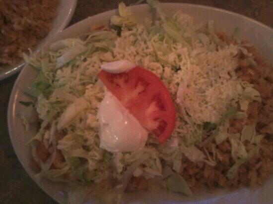 La Parrilla Mexican Restaurant: enchilada