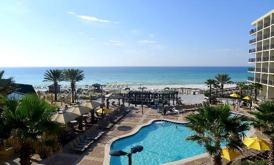 Hilton Sandestin Beach, Golf Resort & Spa: A view from our room.