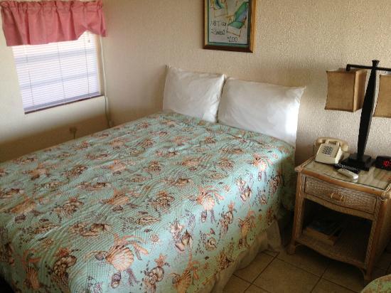 Sea Aire Motel: Bed was OK.