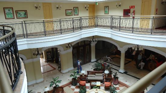 Iberostar Grand Hotel Trinidad: beautiful lobby where you can have a drink and free wifi