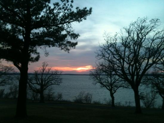 Western Hills Guest Ranch: lake view at sunset from our cottage.