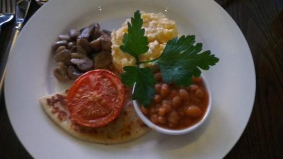 The Lovat, Loch Ness: breakfast
