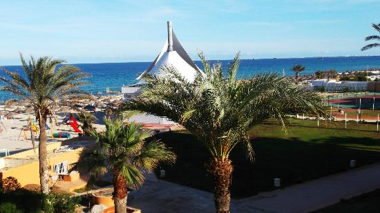 Royal Beach Hotel: The wiev