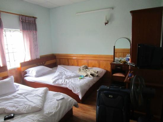 Avi Airport Hotel: Superior Twin Room