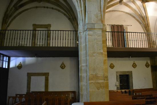 Hotel Los Guardeses de Solares: Chapel choir