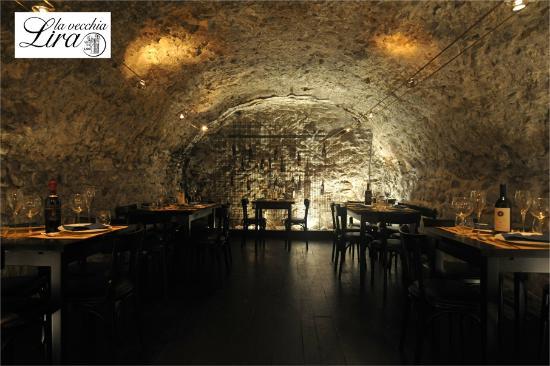 La Vecchia Lira: la grotta