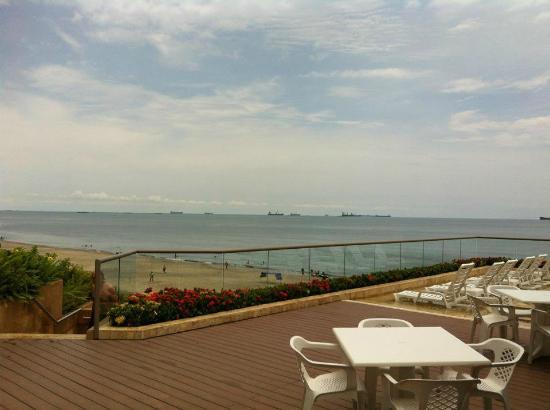 Zuana Beach Resort: Playa