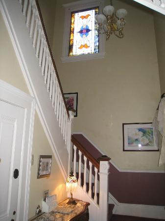 Auberge on the Vineyard: main house staircase