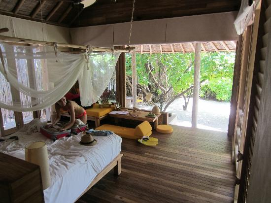 Six Senses Laamu: the beach villa room