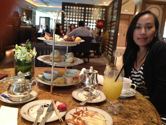 The Langham, Melbourne: High tea at the Aria Bar