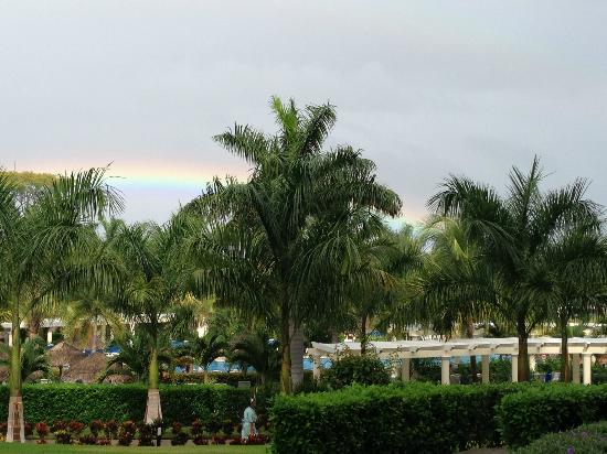 Hotel Riu Guanacaste: Another shot of the Rainbow